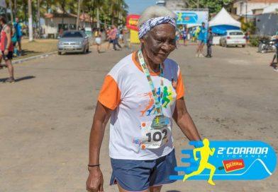 Dona Aldemira Adão, 94 anos e corredora